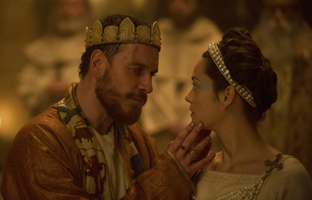 (L-R) MICHAEL FASSBENDER and MARION COTILLARD star in MACBETH.